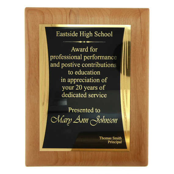 monogrammed personalized 9 x 7 alder wood award plaque acknowledgement plaque